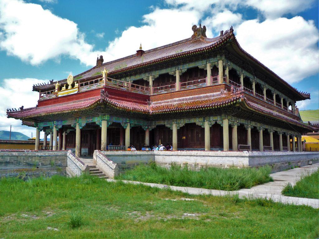 Amarbayasgalant_monastery_temple_01